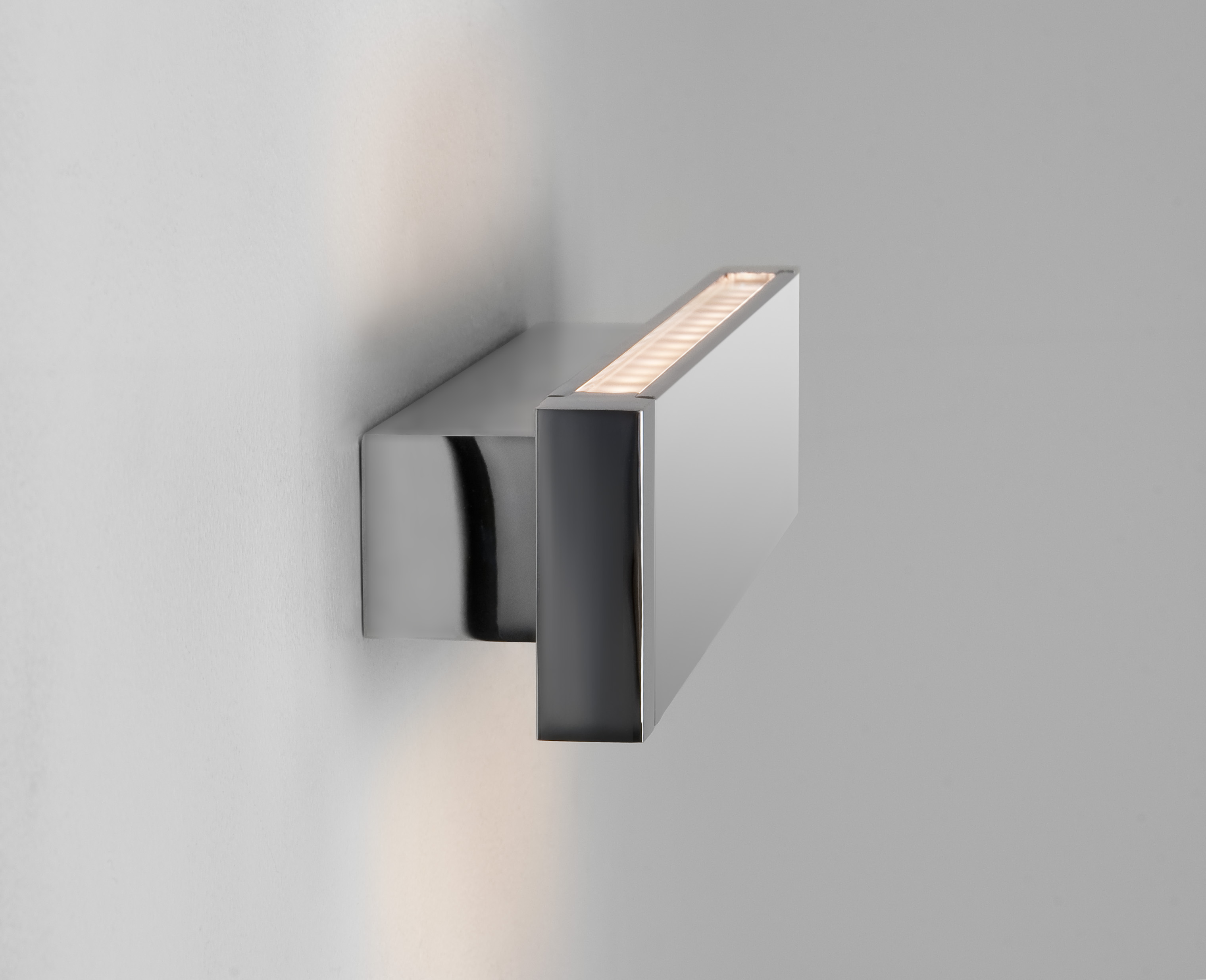 Astro 1189001 Bergamo 300 Wall Light+LED