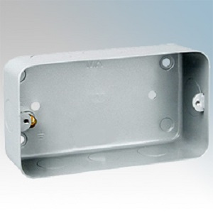 MK 892ALM Box 3 4 Gang Flush c/w KO