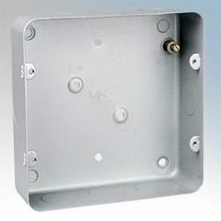 MK 893ALM Box 6   8 Gang Flush c/w KO