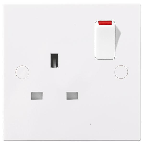 BG 921DP Socket Switched DP 13A