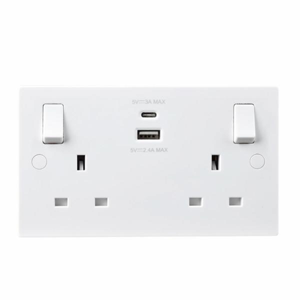 BG 922UAC Socket Swd   A+C USB 2G 13A