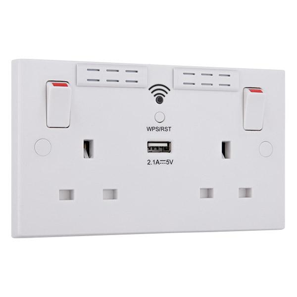 BG 922UWR Skt Swd 2Gang WiFi Reptr   USB
