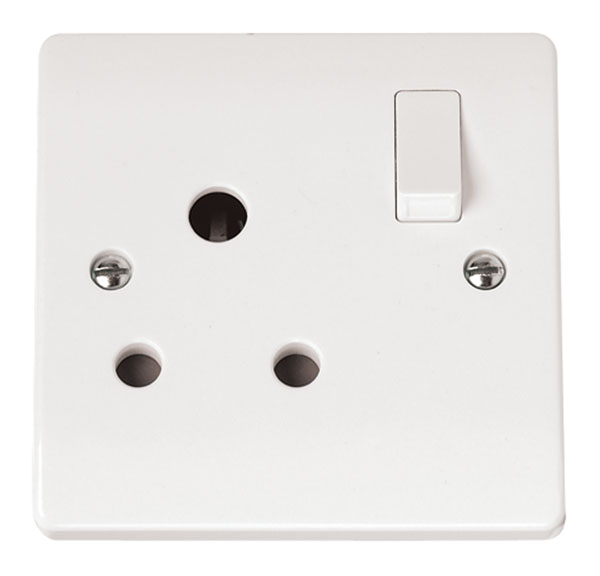 Click CMA034 Socket 1G Switched 15A Whi