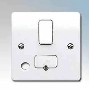 MK K1030WHI Conn Unit Sw Fused FO