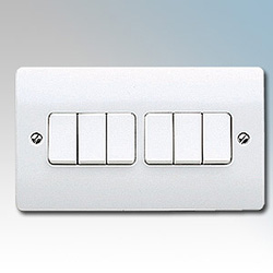 MK K4879WHI Switch 6 Gang 2 Way SP 10A